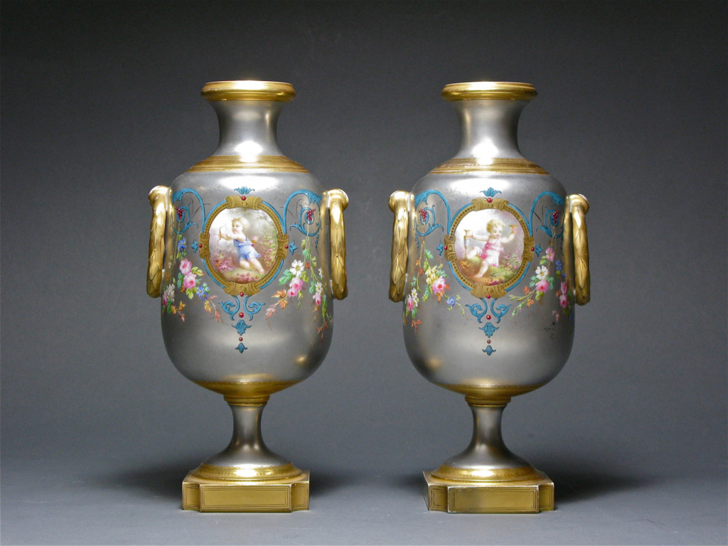 A PAIR OF PLATINUM VASES Mintons, England Circa 1880