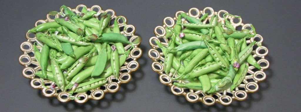 Two Trompe L'oeil Scroll-Footed 'Spectacle' Dishes Filled with Pea Pods Minton Circa 1825-1835